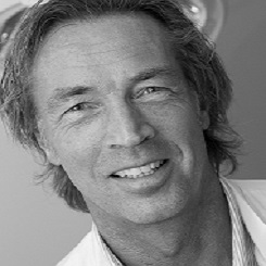 Dr Henrik Husted